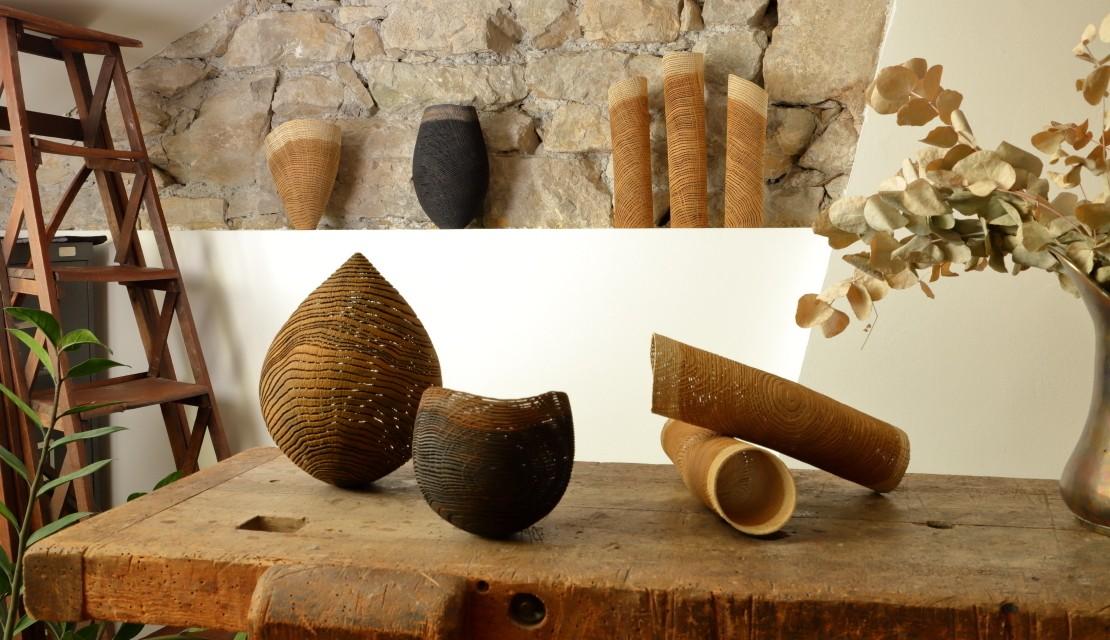 Tube, noisette, vase et bol